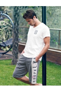 Летний мужской комплект футболка и бриджи