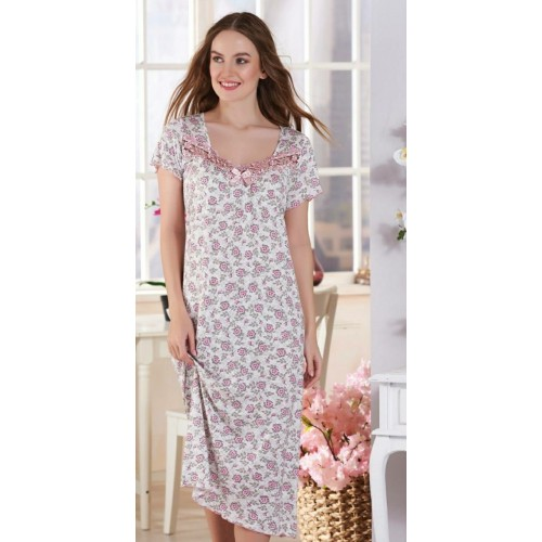 Женская ночная рубашка в цветок