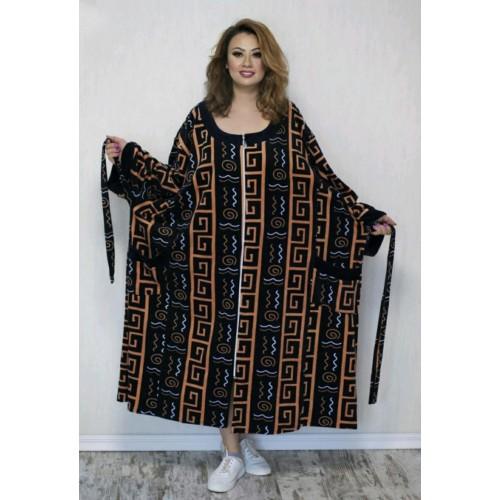 Велюровый женский халат очень больших размеров