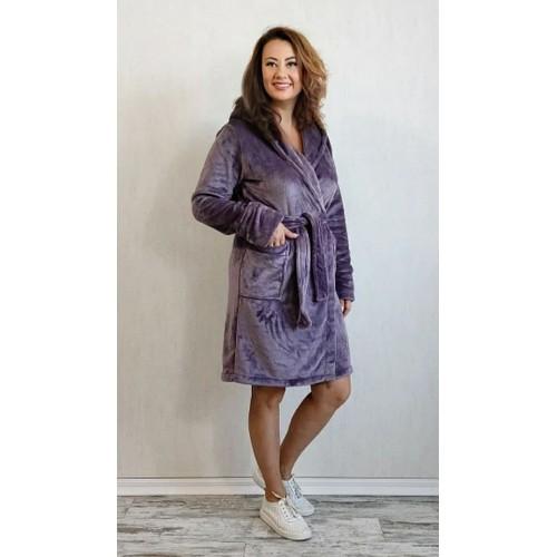 Махровый однотонный женский халат короткий