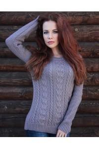 Женский свитер с объёмной вязкой