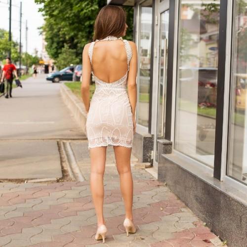 Платье с вырезом на спине 267-0