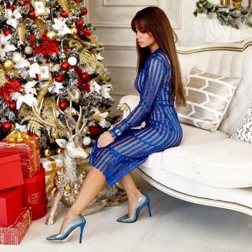 Красивое платье с блестками 11000