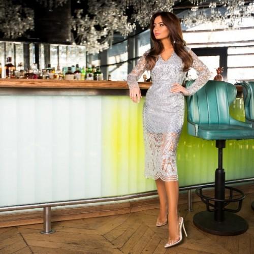 Стильное платье с декольте 11173