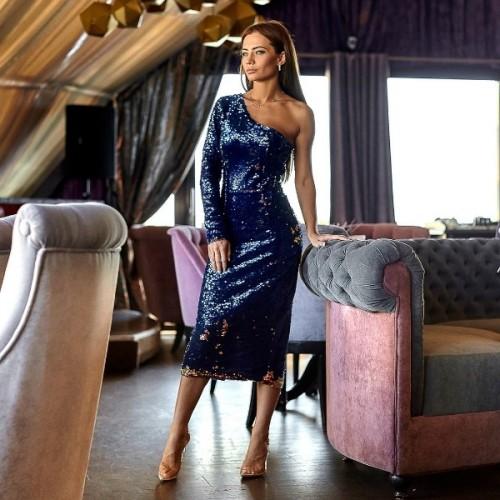 Силуэтное платье с пайетки 11150